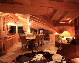 Chalet Mustang